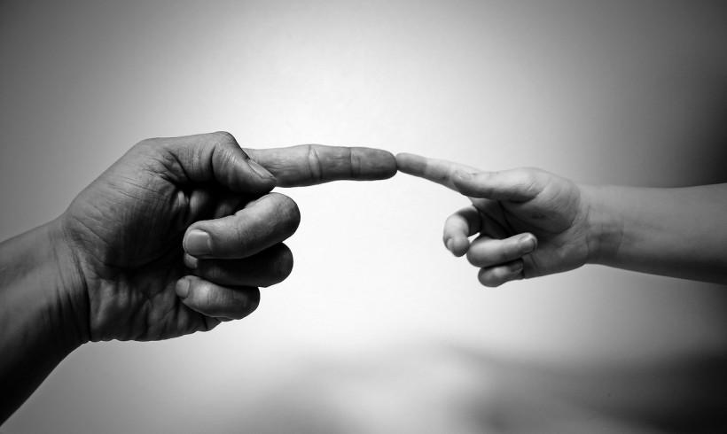 Sentirme, Sentirte: ¿Existe relación entre las dificultades sociales y las sensoriales en el autismo?