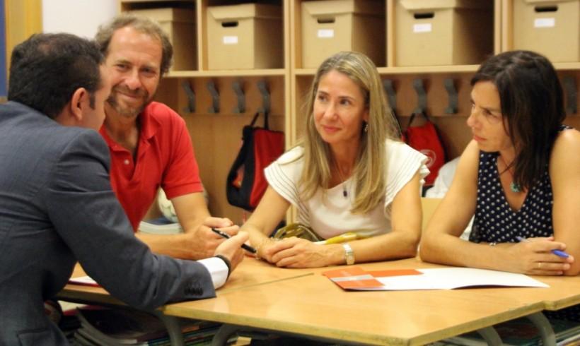 LOS PADRES SABEN MEJOR: POR QUÉ EL SISTEMA EDUCATIVO DEBERÍA DEJAR DE MARGINAR A LOS PADRES